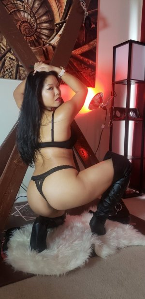 Brunilde escort girls