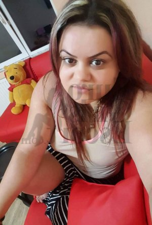 Marilys escort girl in East Highland Park