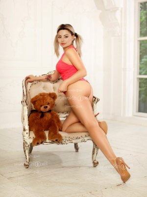 Romea live escorts in Metairie & nuru massage